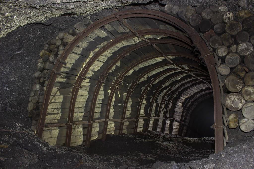 http://kalushfm.com.ua/images/80100.jpg