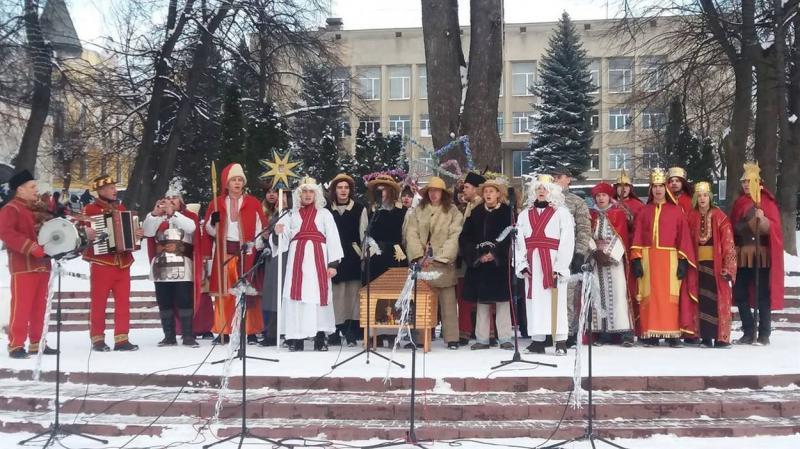 fd656f8272de90 400 учасників і 4 години дійства. У Калуші відбувся різдвяний фестиваль  (ФОТО) 10 січня 2019